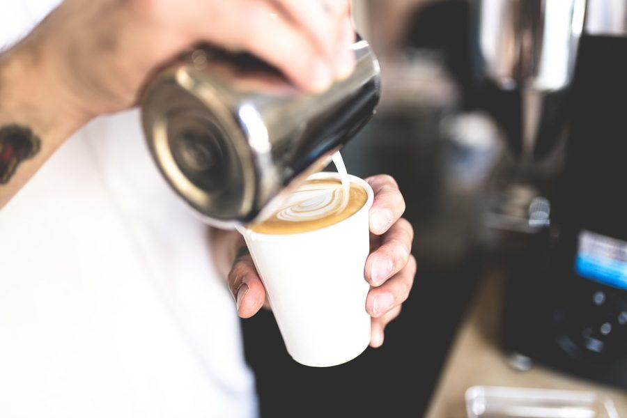 体臭が改善されるコーヒーの飲み方3選!