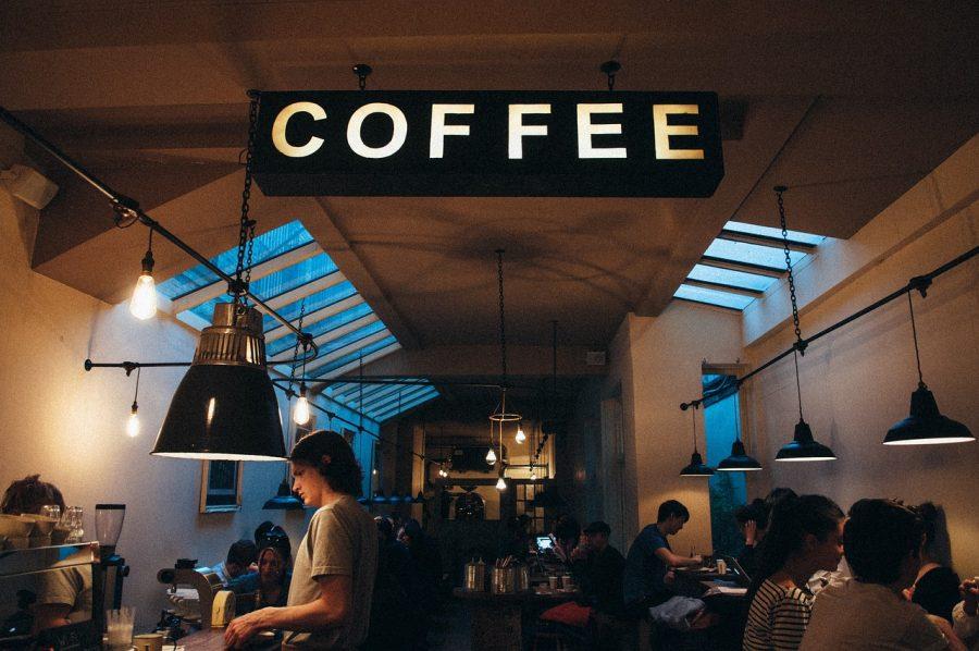 コーヒーを最初に発見したのは人ではない?思わず話したくなるコーヒー起源説