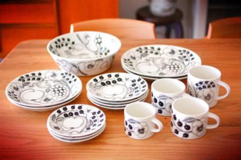 アラビアのコーヒーカップの魅力 世界的デザイナーが手がける傑作