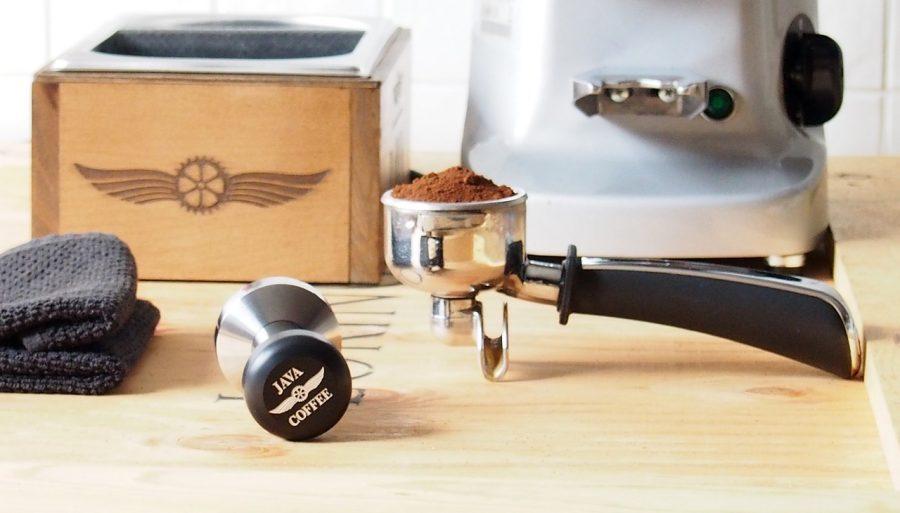 コーヒーメーカーの掃除|3ステップで簡単に汚れが落ちる方法